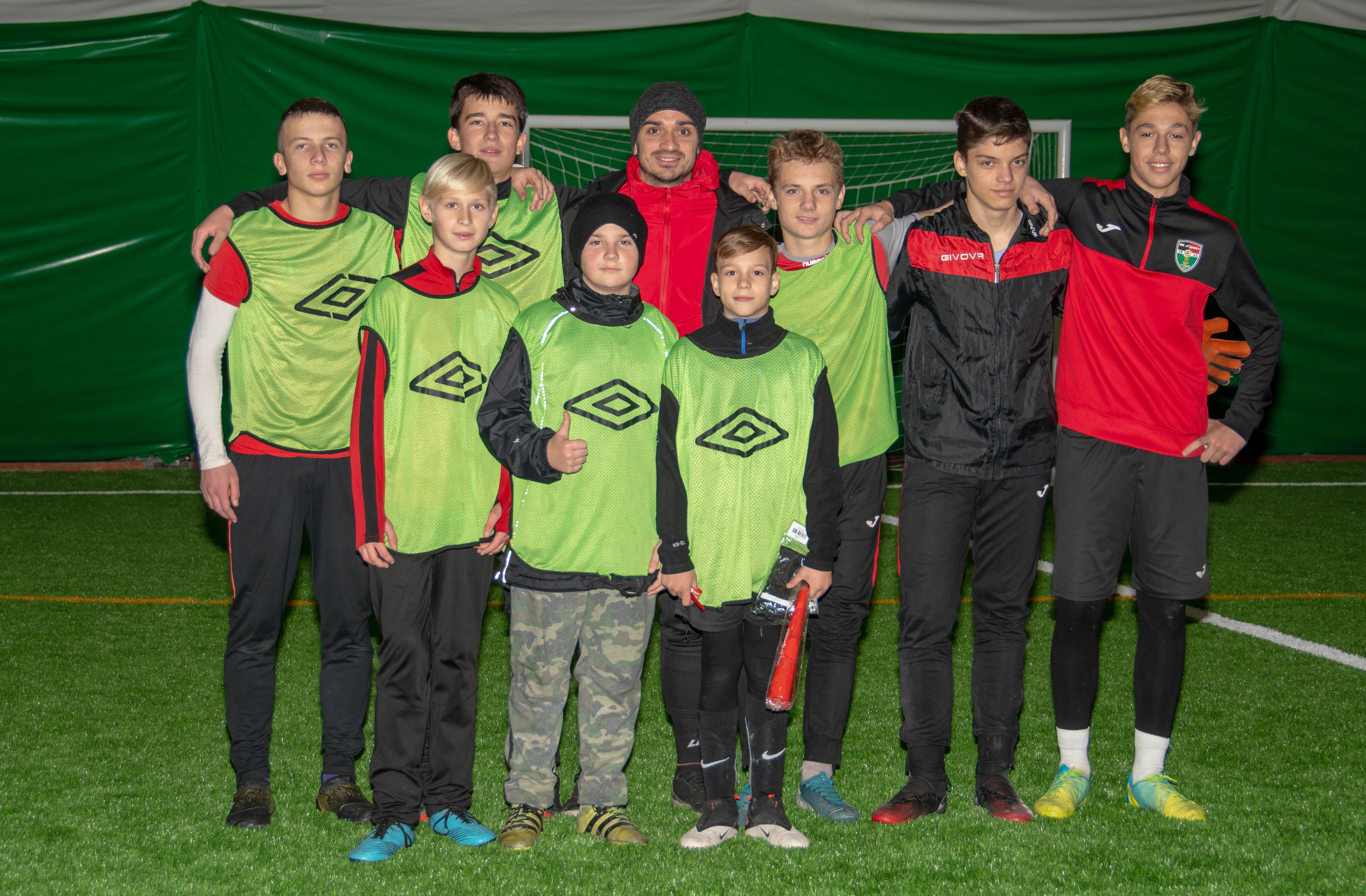 """ФА """"Гірник"""" провела другий новорічний турнір серед вихованців: фото"""